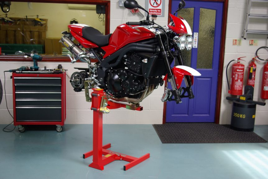 Triumph Speed Triple workshop Lift