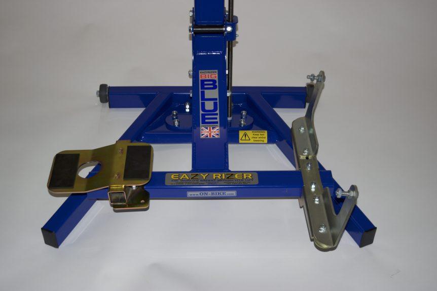 Thunderbird 16/1700 mounts Big Blue Lift