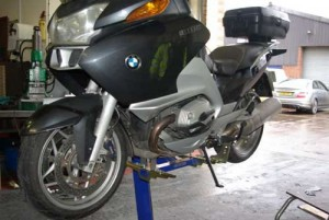 BMW lifted with Footpeg mount set