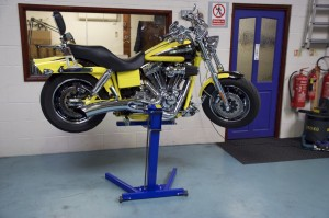 Eazyrizer the worlds strongest motorcycle lift