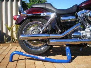 Harley speed Jack for wheel cleaning